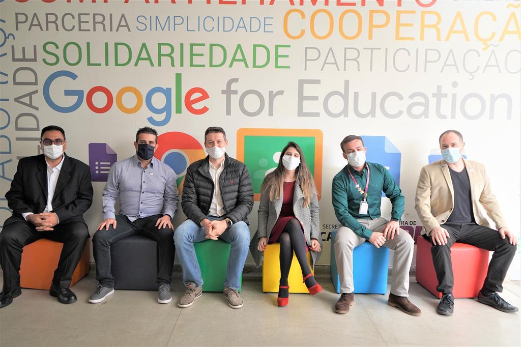 Educação de Barueri recebe o selo de maior Rede de Referência Google For Education