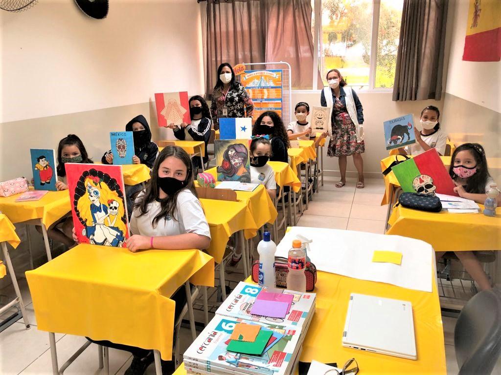 Projeto especial incentiva alunos da Emef Ezio Berzaghi a aprenderem espanhol e arte
